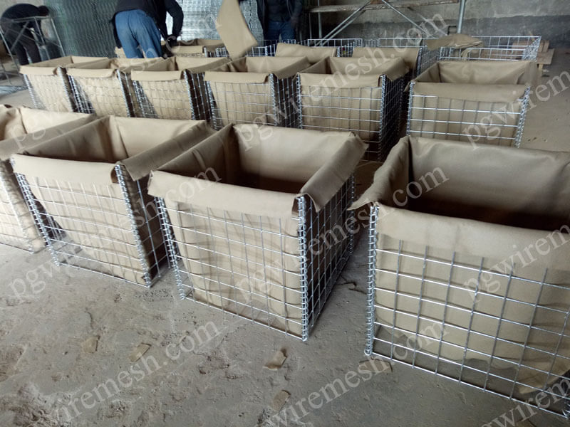 Military Security Hesco Barrier System with Geotextile Liner China Factory
